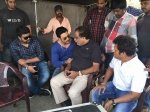Ambareesh Meets Darshan On The Sets Of Jaggu Dada