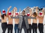 Ranveer Singh With Topless Young Women In Switzerland