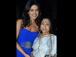 Asha Bhosle Wants Priyanka Chopra To Play Her Character On Screen