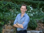 Tom Hiddleston Deliberately Avoids Talking About Taylor Swift