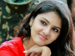 Gayathri Suresh All Set To Debut In Kollywood With 4g