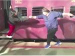 Ranveer Singh Recreates Ddlj Train Scene With Ganesh Acharya
