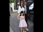 Cannes Aishwarya Rai Bachchan Steps Out With Aaradhya In Colour Co Ordinated Dress Latest Pictures