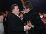 Rishi Kapoor To Play Amitabh Bachchan S Son In Umesh Shukhla S 102 Not Out