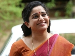 Kavya Madhavan Is The Race The Best Actress Title