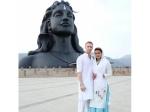 Aashka Goradia Enters Spiritual Path With Brent Gonle Visit Sadhguru Adiyogi In Coimbatore