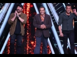 Indian Idol 10 Dharmendra Gets Nostalgic As The Contestants Pay Him Tribute