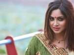 Watch Arshi Khan Is Not Interested In Watching Bigg Boss 12 Says Bigg Boss 11 Was Better