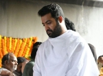 Jr Ntr Breaks Down At Dad Harikrishna S Funeral Latest Photos