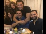 Akshay Kumar 51st Birthday Bash Superstar Celebrates His Birthday With His Near And Dear Ones