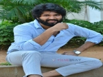 Vijay Deverakonda Plans Vote This Party The Upcoming Elections