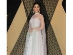 See Pictures Alia Bhatt Wears Gorgeous White Lehenga To Cousin Sakshi Bhatt Reception