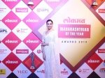 See Pictures Deepika Padukone Vision In White Lokmat Maharashtrian Of The Year Awards