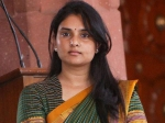 Sandalwood Actress Ramya Bashed By Fans Public Misses Voting For Three Years In A Row