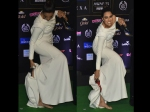 Swara Bhaskar Takes Off Her Heels, Walks Barefoot On IIFA Green Carpet!
