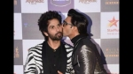 Ranveer Singh Kisses Shahid Kapoor On Cheek & Shuts Down Rumours Of Their Cold War!