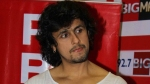 Sonu Nigam Lashes Out At People Slamming Him For Not Wearing A Mask While Donating Blood