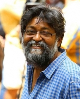 എം ജെ രാധാകൃഷ്ണന്