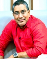 വിഎ ശ്രീകുമാര് മേനോന്