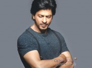 Shahrukh Khan's Under-Water Sessions For Happy New Year!