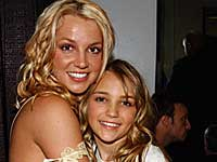 Britney with sister Jamie