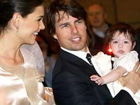 Katie Holmes and Tom Cruise with daughter Suri