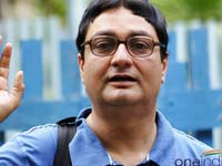Vinay Pathak back to small screen