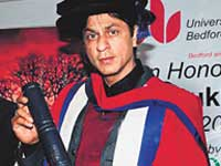 Biology was my favourite subject :  Shahrukh Khan,