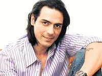 Mehr makes me feel insecure :  Arjun Rampal,