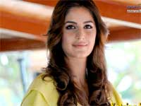 I talk in regular Hindi :  Katrina Kaif,