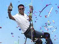 Ali Asgar's chopper ride with Akshay Kumar!