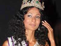 Ushoshi the winner of Miss India Universe 2010