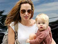 Angelina Jolie, daughter Shiloh