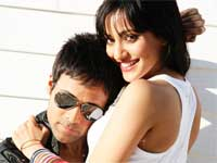 Neha and Emraan in Crook