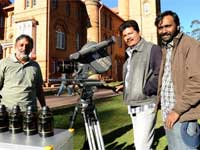 Shankar on the sets of Nanban
