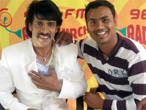 Upendra with Mirchi Listner