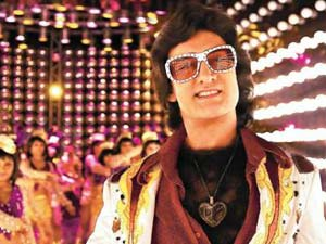 Aamir as Disco Fighter