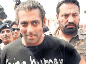 Salman with bodyguard Shera