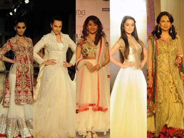Bollywood divas at Couture Fashion Week 2011
