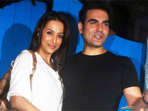 Malaika-Arbaaz Khan at b'day party
