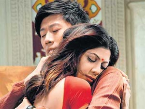 Shilpa Shetty and Xia Yu in The Desire