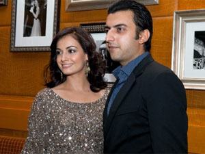 dia mirza and sahil sangha relationship trust