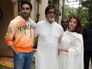 Abhishek Bachchan with Aishwarya and Amitabh Bachchan