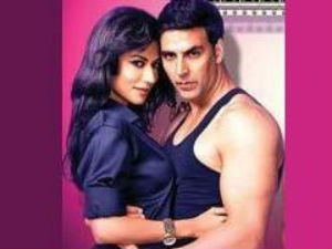 Chitrangada with Akshay in Desi Boyz