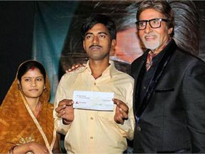 Sushil Kumar with wife and Amitabh Bachchan