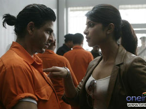 Priyanka Chopra and Shahrukh Khan in Don 2