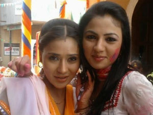 Sara Khan and Preet Kaur