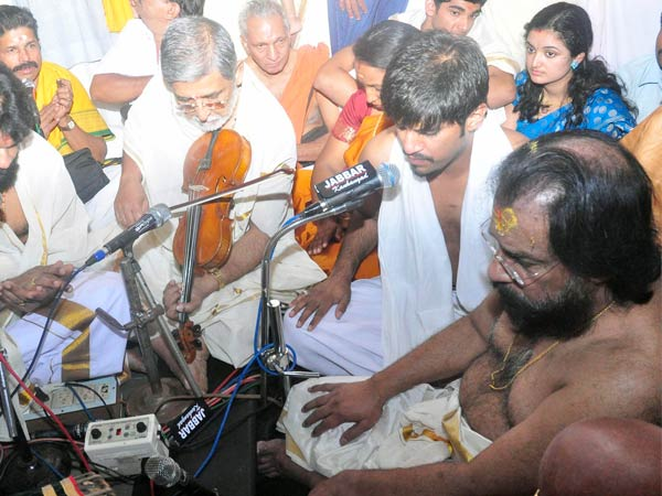 Yesudas at Mookambika temple