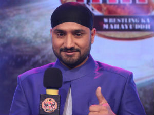 Harbhajan drops in on the sets of Ring Ka King