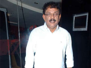 Priyadarshan taking Naadodigal to Hindi